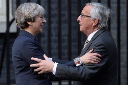 """May en Juncker hebben """"constructieve meeting"""""""