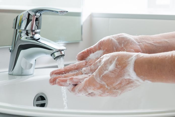 Goed handen wassen helpt om te voorkomen dat het norovirus zich verder verspreid.