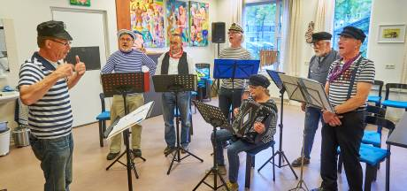 Cultuur in de regio: 'Ketelbinkie' vergezelt de Heesche stemmers