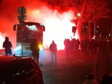 Warm onthaal voor spelersbus Willem II bij terugkeer uit Sittard