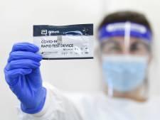 Commerciële coronatest rukt op: virologen vrezen zicht op besmettingen te verliezen