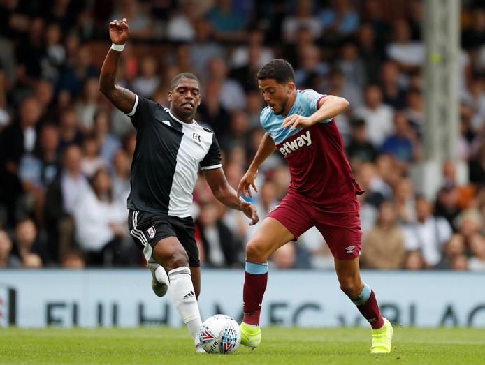 Pablo Fornals aan de bal in de voorbereiding namens West Ham United.