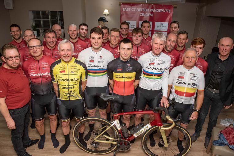 Met deze ploeg gaat het Fast Cycling Team Fietsen Vandeputte Zingem het 20ste seizoen in.