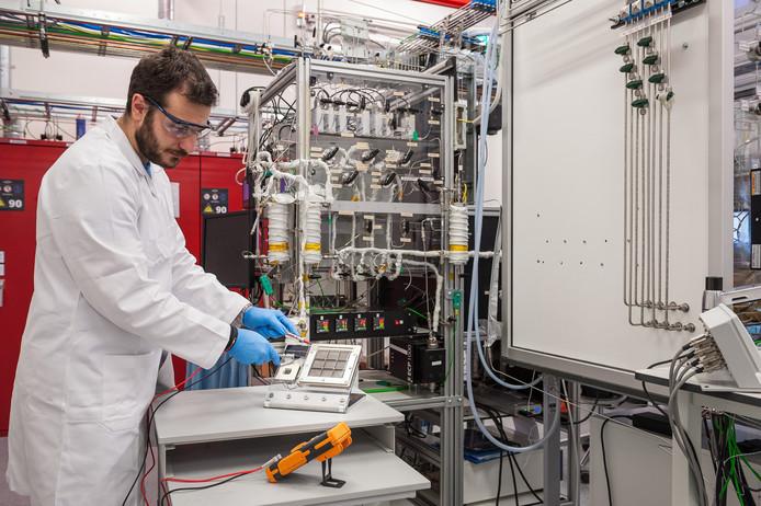 Onderzoek moet uitwijzen in hoeverre het mogelijk is waterstof uit lucht te produceren