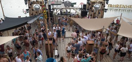 Boete als beachclub bij recreatieplas in Winterswijk nog bruiloft, bingo en silent disco houdt