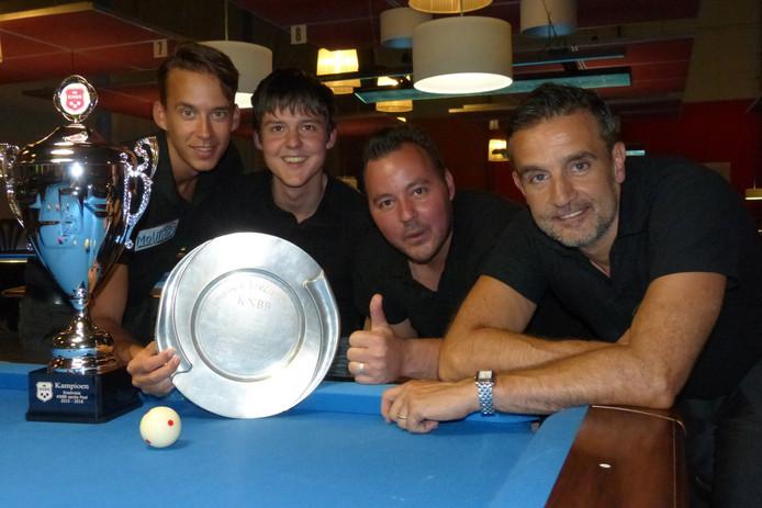 Stance met vlnr: Marco Teutscher, Guido Janssen, Roy Stolk en Alex Lely.