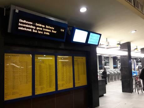Nog geen treinen van Eindhoven naar zuiden door schade aan bovenleiding in Geldrop
