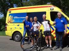 Patiënt met ambulance naar Alpe d'HuZes: met dank aan Team Salland
