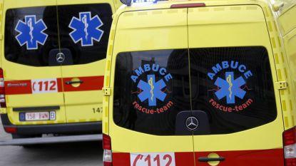 42-jarige man zwaargewond nadat hij wordt aangevallen door twee gemaskerde mannen