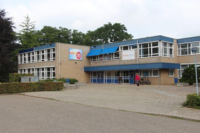 De huidige locatie Beukenlaan van het Staring College.