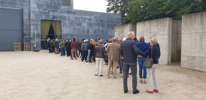 Vanochtend was het tot zo'n drie kwartier aanschuiven aan het stembureau 21 in Bonheiden