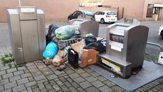 Afval in de wijk Fellenoord in Breda