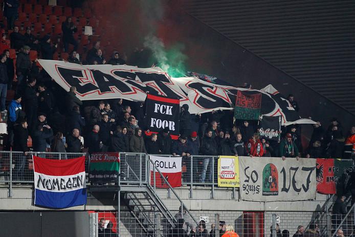 NEC-supporters in het uitvak in Maastricht.