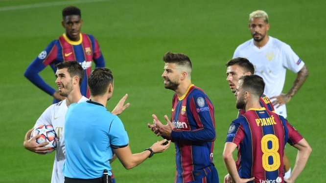 Football Talk. Barcelona verlengt contract van 4 spelers, waaronder Piqué - Antwerp beloont spits Nsimba