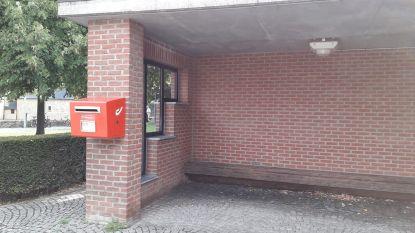 Bpost plaatst rode brievenbus terug op Winksele dorpsplein