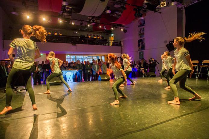Bij de overdracht van Centrum Hofdael aan een zelfstandige stichting in 2016 was er nog feest.