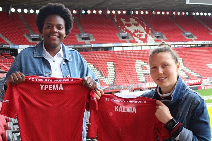 Fenna Kalma (rechts) en Danique Ypema