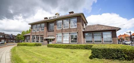 'Iconische' Acaciaschool in Almelo van sloopkogel gered; omgebouwd tot zorgcentrum
