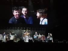 Foo Fighters trekt Rick Astley het podium op