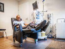 Nierpatiënt Piet Neele hoeft alleen de trap op voor zijn dialyse: 'Het geeft mij zoveel rust'