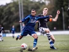 Trainer FC Trias: 'Ons kunstgrasveld is een grote grap'