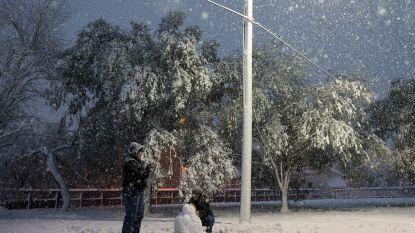 """""""Kerstwonder"""": voor het eerst in jaren hevige sneeuwval in Zuid-Texas"""