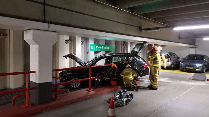 Ongeval in parkeergarage Marktplein Apeldoorn.