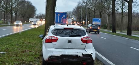 Schade door kop-staartbotsing op N65 bij Oisterwijk