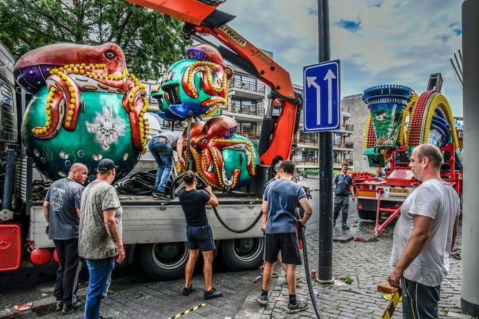 De Tilburgse kermis is voorbij. In alle vroegte begonnen de exploitanten en hun afbreekploeg met het opruimen van de attracties. Sommigen trekken naar een nieuwe locatie elders in het land, anderen gaan naar huis.