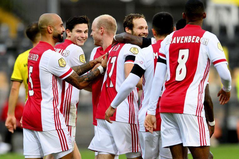 Ajax viert  de monsterzege op VVV Venlo.  Beeld EPA