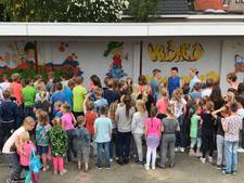 Legale graffiti op Sint Jozefschool in Loil