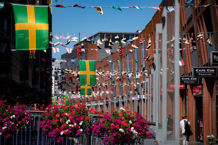 De Nijmeegse binnenstad maakt zich klaar voor de Vierdaagse en Vierdaagsefeesten.
