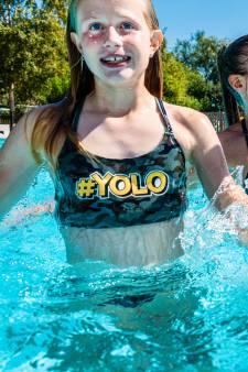 Lekker zwemmen in het buitenbad? Regels in elk bad weer anders