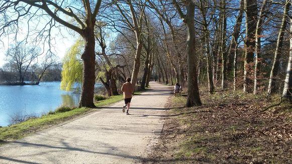 Joggen in het Provinciaal domein in Kessel-Lo.