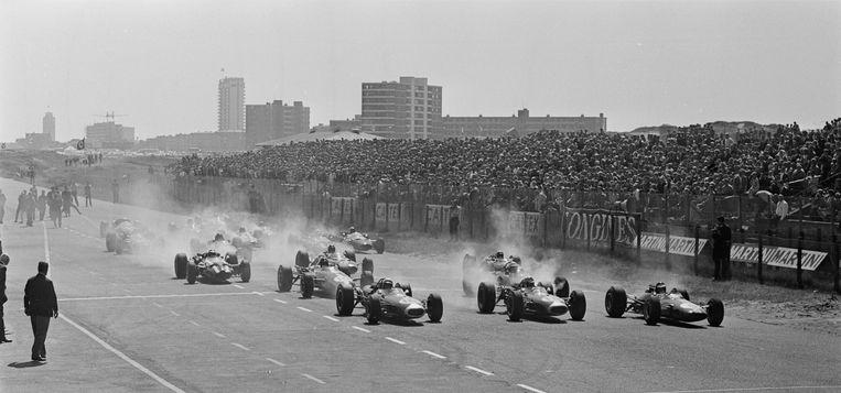 Formule 1-race op het circuit van Zandvoort in 1966. Beeld ANP