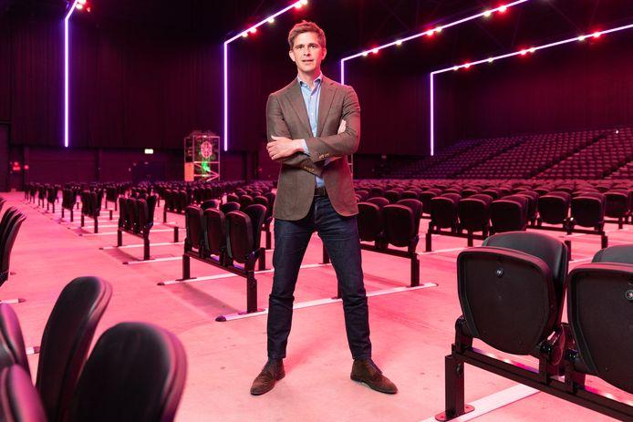 Directeur Jeroen Dona in Main Stage. De nieuwe entertainmenthal is ingericht op de anderhalve metersamenleving.