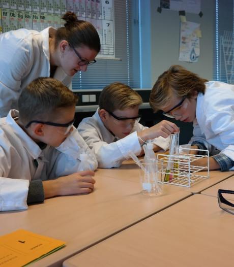 Vwo'ers in spe kunnen wennen aan Willem van Oranjeschool