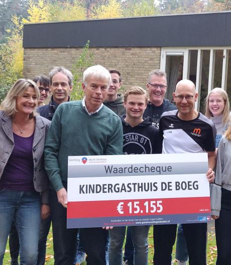 Montessori College zamelt 15.155 euro  in voor tijdelijk thuis zieke kinderen