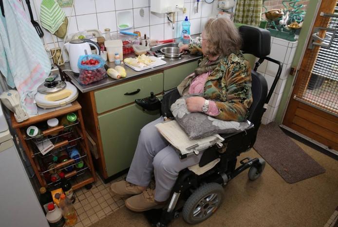 De 87-jarige Antonia uit Twello heeft het zwaar te verduren gehad.