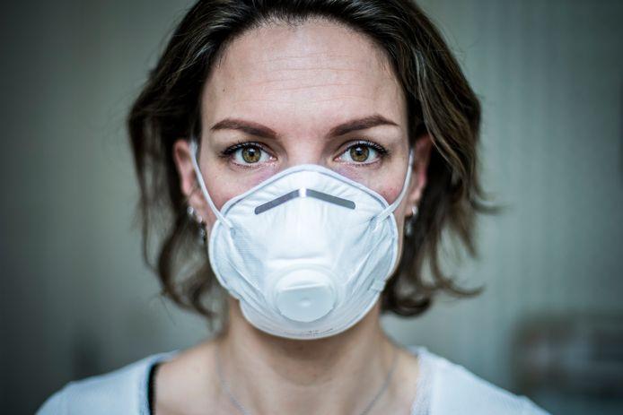 Er is een schaarste aan mondkapjes vanwege het coronavirus.