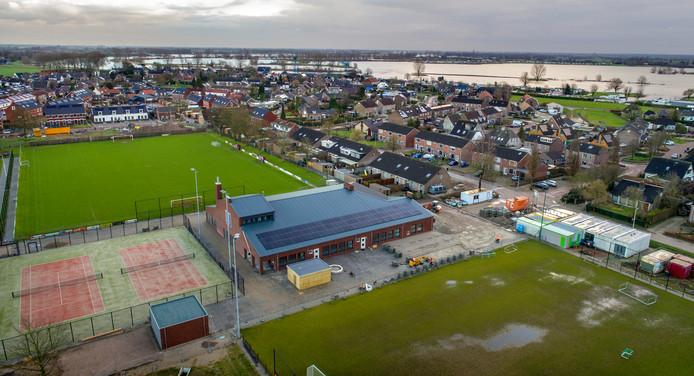 Nederland,  Multifunctioneel centrum Heerewaarden