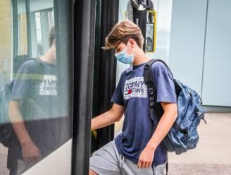 Wie durft z'n kinderen nog op een (overvolle) bus naar school te zetten? VAB vreest dat ouders massaal voor auto zullen kiezen