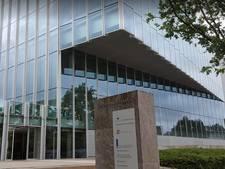 Supporters GA Eagles krijgen boete voor vernielen treindeur in Zwolle