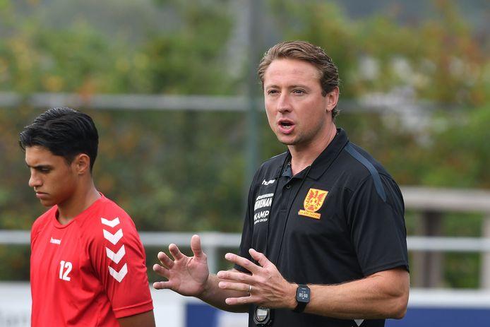 Jan Kromkamp coachend