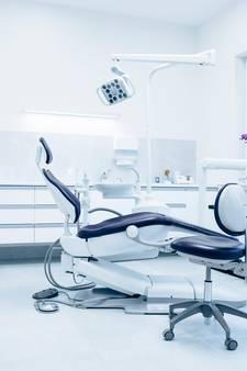 Apeldoornse tandarts geschorst na onzedelijk gedrag