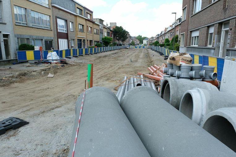 De werken in de Meerlenhoflaan lagen maandenlang stil door procedurekwesties.