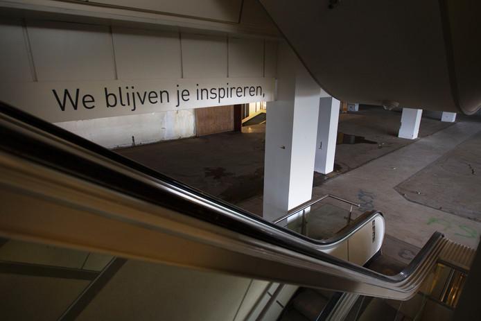 Werkzaamheden aan V&D-pand in Eindhoven.