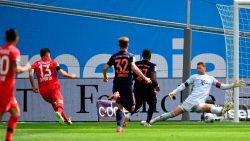 LIVE. Bayern moet achtervolgen! Alario tekent voor openingstreffer na tussenkomst VAR