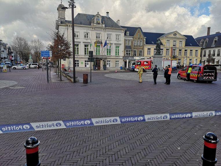 De Markt in Zottegem werd even afgesloten.