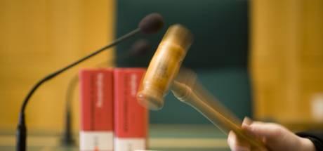 Rechtszaak naar zeven bootbranden Maassluis pas in 2020
